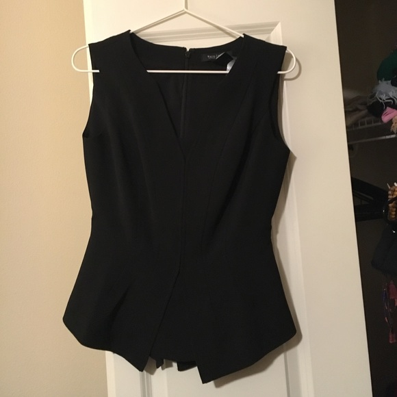 Ann Taylor Tops - Professional sleeveless top